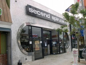 SECOND SPIN storefront